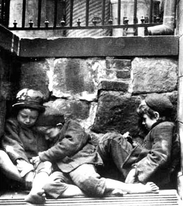 http://formaementis.files.wordpress.com/2008/06/mulberry-street-children.jpg