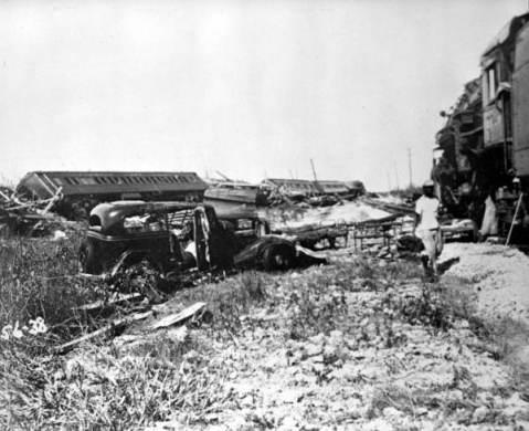 Relief train wreckage in Islamorada
