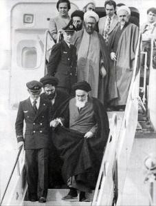 imam_khomeini_in_mehrabad