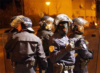 Paris_riot_cops